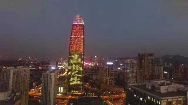 濟南第一高媒綠地普利中心廣告